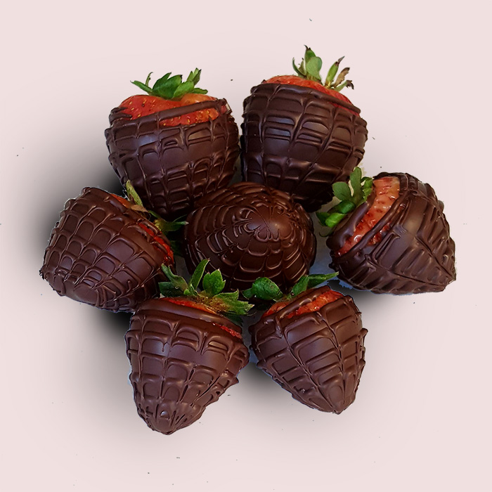 Dark Chocolate Strawberries-10 pieces  +£7.00