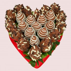 Chocolate Strawberries Love Heart