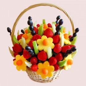 Fresh & Delicious Fruit Basket