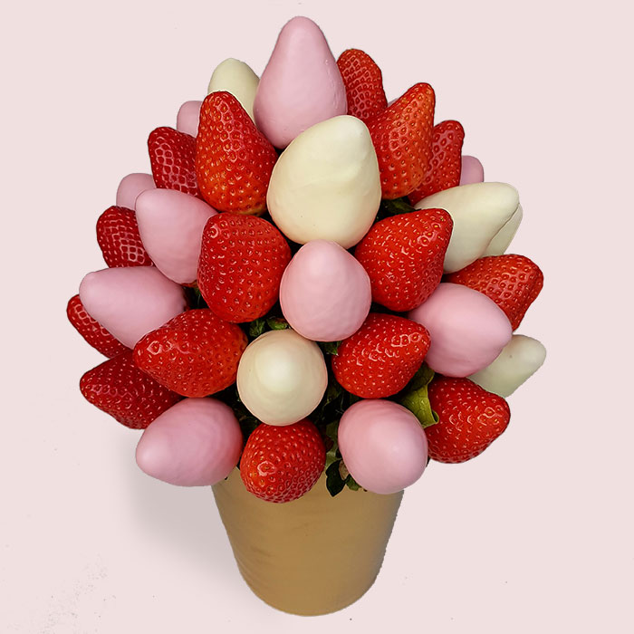 Chocolate Covered Strawberries and Dipped Fruit Bouquets | fruity ...