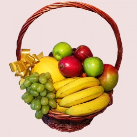 Traditional Fresh Fruit Basket