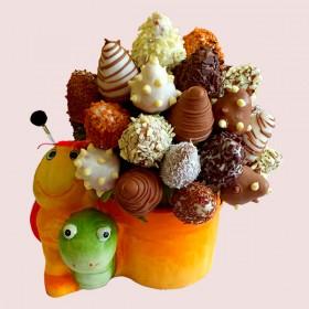 Berry Snail Bouquet